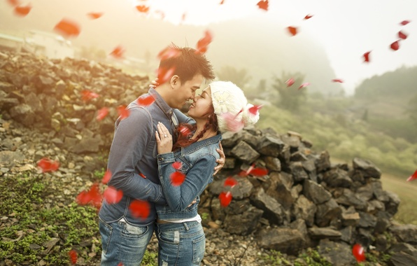 Picture girl, love, woman, petals, male, guy, lovers, two, jeans, feeling
