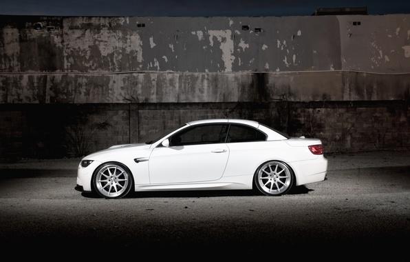 Picture white, wall, BMW, BMW, white, convertible, E93, Cabrio