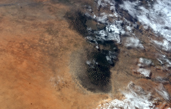Picture desert, Earth from space, Chad lake