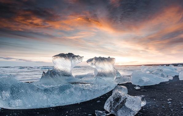 Picture sea, beach, light, stones, ice, Iceland, the glacial lagoon of Jökulsárlón