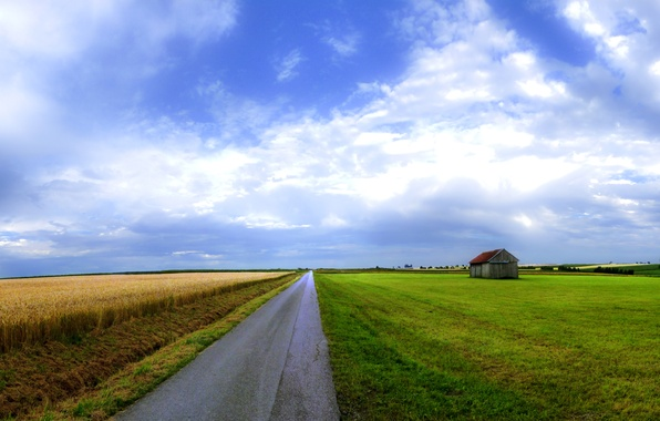 Picture road, field, the sky, house, beauty, widescreen Wallpaper