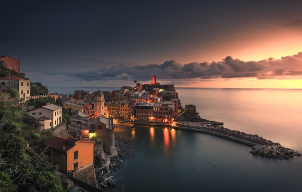 Picture sea, sunset, coast, building, Bay, Italy, Italy, The Ligurian sea, Vernazza, Vernazza, Cinque Terre, Cinque …