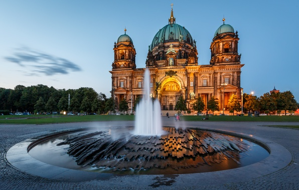 Picture the city, people, the evening, Germany, Church, fountain, Germany, Berlin, Berlin, Berlin Cathedral, The Berliner ...
