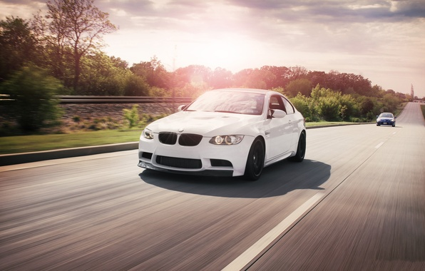 Picture road, white, the sun, reflection, markup, bmw, BMW, speed, white, Blik, road, sky, clouds, e92, …