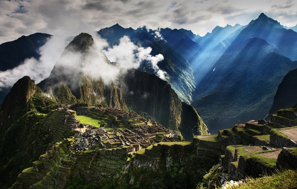 Picture the sun, clouds, rays, mountains, the city, fog, morning, antiquity, Peru, Peru, Machu Picchu