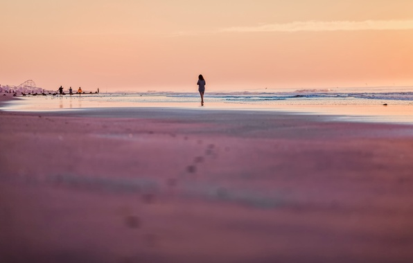 Picture sand, sea, beach, summer, the sky, girl, people, stay, romance, mood, wave, the evening, silhouette
