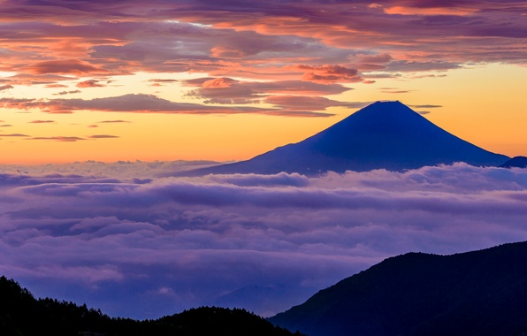 Picture the sky, clouds, light, mountain, Japan, Fuji, stratovolcano, Mount Fuji, the island of Honshu