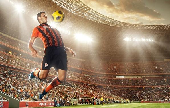 Picture the ball, player, Jaroslav Rakitskaya, FC Shakhtar Donetsk, Donbass Arena