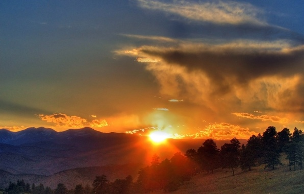 Picture FOREST, HILLS, MOUNTAINS, HORIZON, The SKY, The SUN, CLOUDS, SUNSET, CLOUDS, LIGHT, TREES, RAYS, SLOPE, …