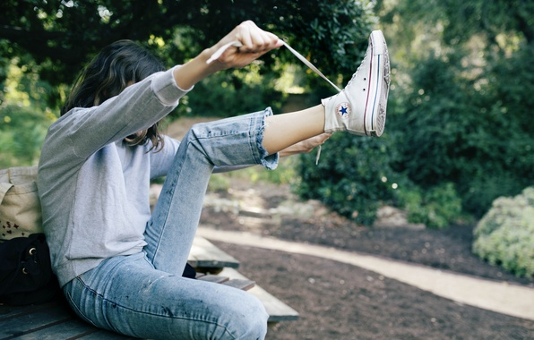 Picture girl, sneakers, jeans