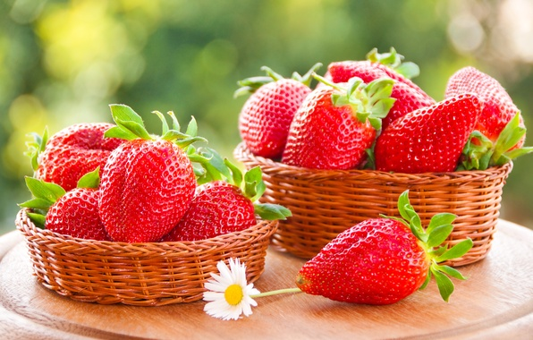 Picture berries, strawberry, red, basket, red, fresh, ripe, sweet, strawberry, berries