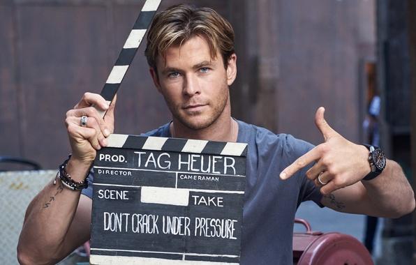 Picture photographer, actor, shooting, company, gesture, motor, photoshoot, brand, Chris Hemsworth, Chris Hemsworth, take, TAG Heuer, …