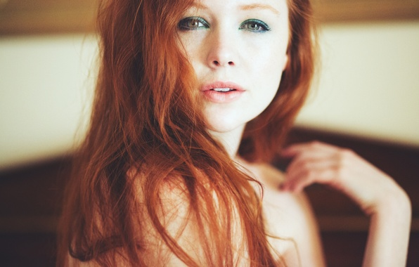 Picture girl, hair, makeup, red