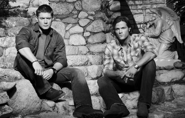 Picture black and white, men, Jensen Ackles, Supernatural, Jensen Ackles, Over The Padalecki Jared