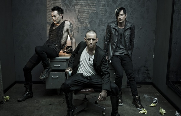 Picture table, chair, mirror, phone, the project, Linkin Park, Chester Bennington, Dead By Sunrise, Chester Bennington, …