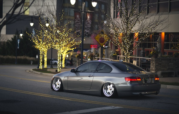 Picture trees, branch, Christmas, BMW, signs, wheel, back, cars, street, 335i, tail lights, lampposts, side