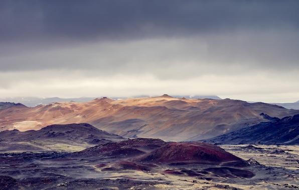 Picture the storm, mountains, desert, horizon, gray clouds