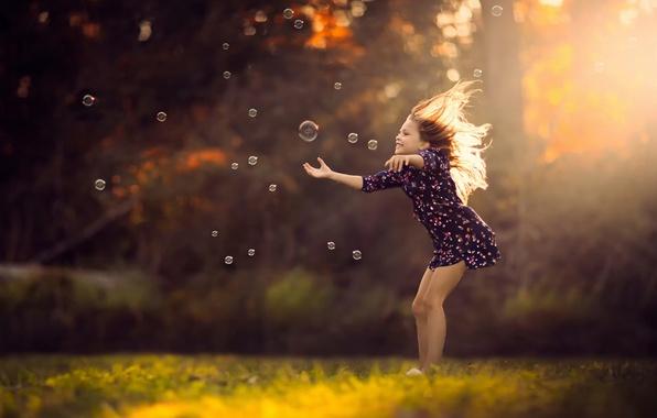 Picture dress, bubbles, girl, sunlight