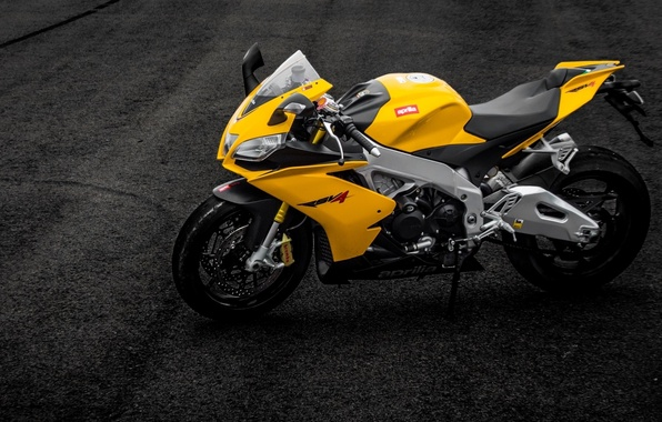 Picture asphalt, strip, motorcycle, Supersport, aprilia, bike, yellow, Aprilia, rsv4