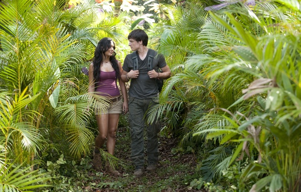 Photo wallpaper Journey 2: the Mysterious island, Vanessa Anne Hudgens, Josh Hutcherson, trail, Vanessa Anne Hudgens, Josh ...