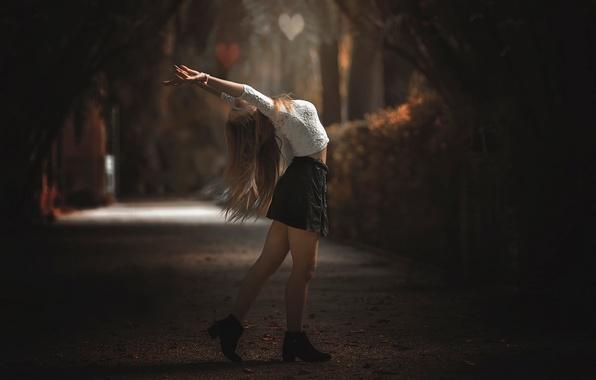 Picture autumn, girl, joy, skirt, legs, alley