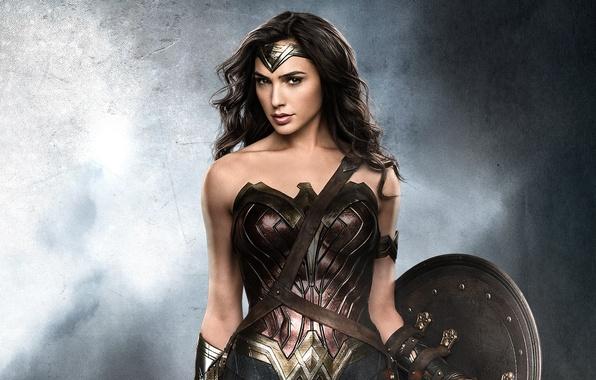 Picture Wonder Woman, DC Comics, Gal Gadot