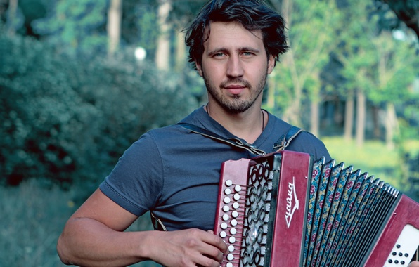 Picture actor, rock, singer, accordion, Igor Rasteryaev, art song