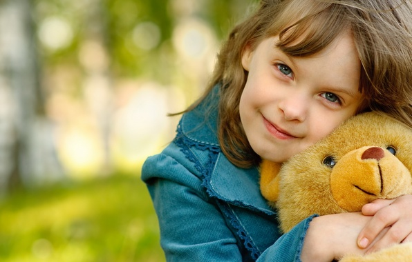 Picture joy, nature, smile, background, mood, hair, child, bear, girl, brown hair, little, a great friend