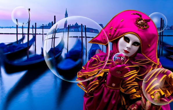 Picture mask, costume, Venice, Floating in Venice