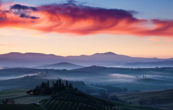 Picture landscape, dawn, field, Italy