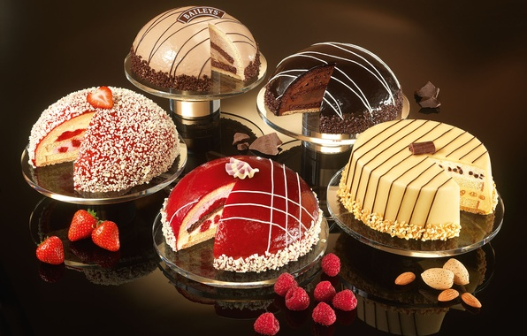 Picture raspberry, food, chocolate, strawberry, sweets, cream, dessert, cakes, almonds, showcase, glaze, cakes, liqueur, Baileys