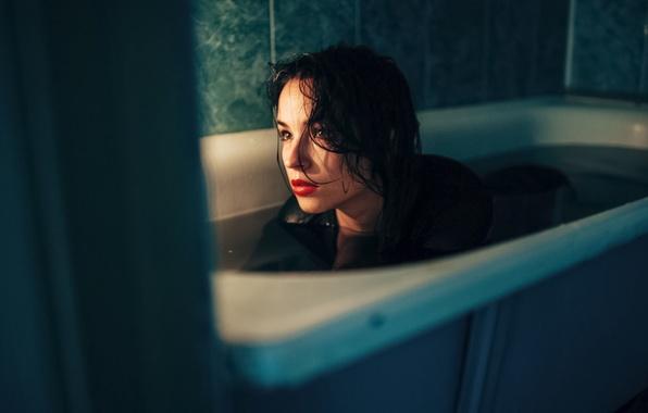 Picture Water, Girl, Look, Light, Bathroom