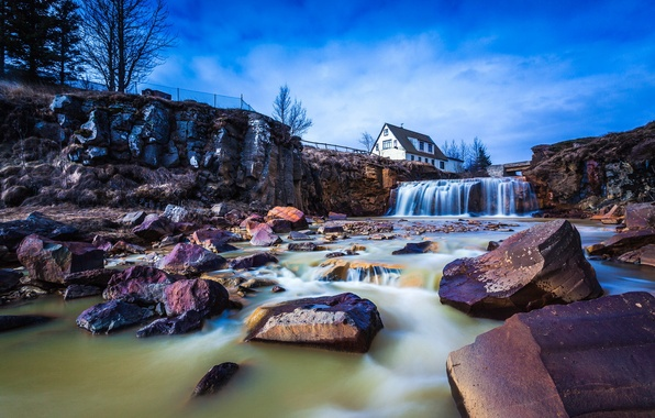 Picture house, river, stones