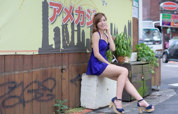 Picture summer, look, girl, face, smile, legs, Asian