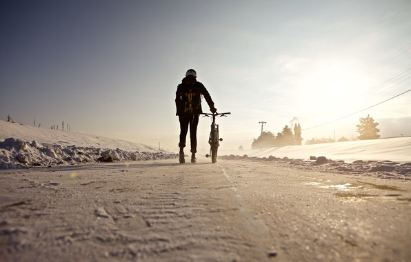 Picture winter, road, the sun, snow, bike, people, shadow, racer, power line