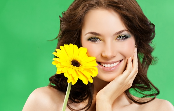 Picture flower, girl, yellow, face, green, smile, background, hairstyle, brown hair, beauty, closeup, Gerber