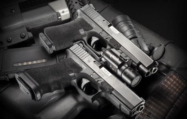 Picture weapons, guns, flashlight, Glock 17/19