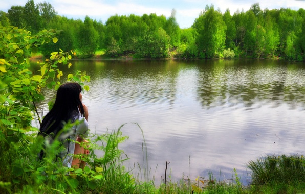 Picture FOREST, NATURE, GREENS, BRUNETTE, LAKE, PRIVACY