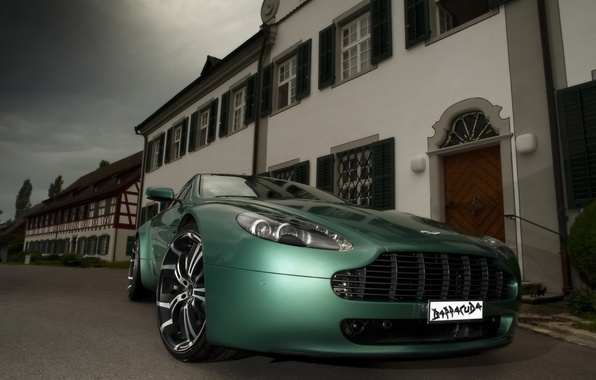 Picture martin, vantage, aston, front, angle