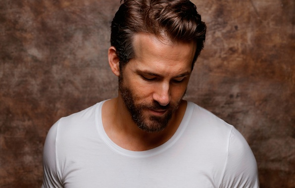 Picture Ryan Reynolds, Ryan Reynolds, photoshoot, Sundance, for the film, Mississippi Grind, Walk along the Mississippi