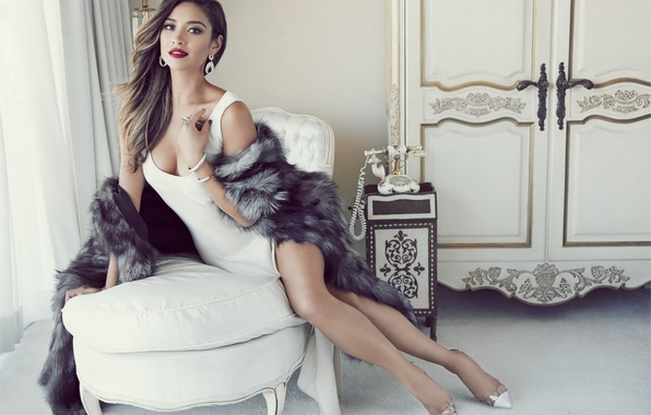 Picture Girl, Hot, Actress, Shay Mitchell