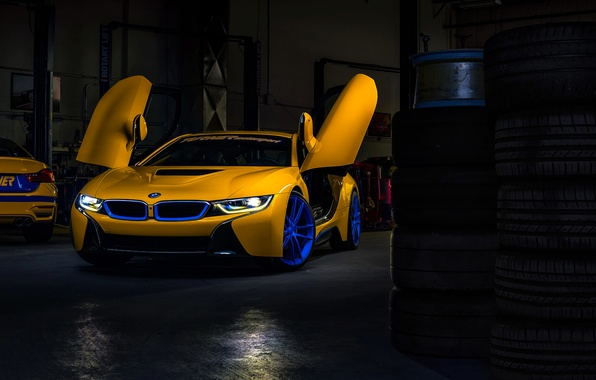 Picture BMW, Dark, Car, Front, Yellow, Motorsport, Garage, Doors, Ligth, Turner