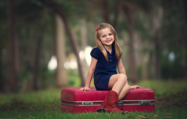 Picture forest, joy, smile, background, mood, widescreen, Wallpaper, child, girl, wallpaper, suitcase, girl, forest, smile, widescreen, …