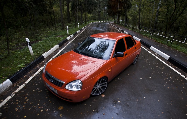 Picture road, leaves, drives, red, very, prior, priora, Lada 2170