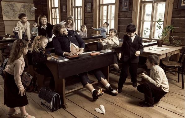Picture children, abuse, school