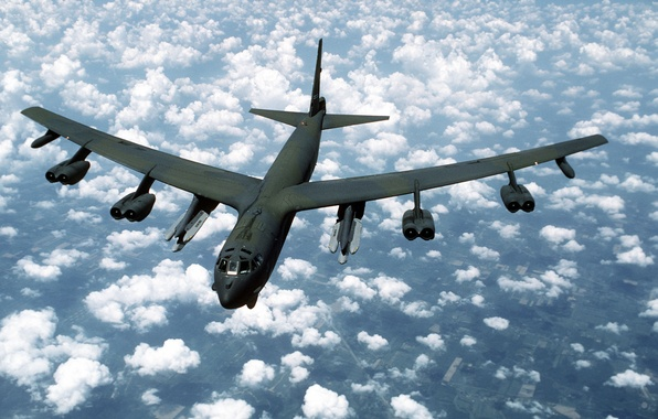 Picture clouds, strategic bomber-missile carrier, Boeing B-52G