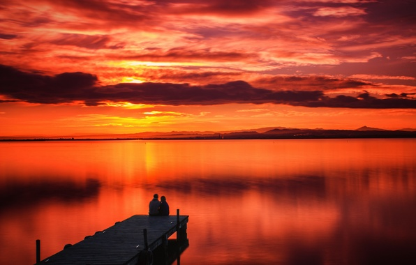 Picture the sky, clouds, sunset, mountains, lake, reflection, mirror, pair, pierce, red horizon