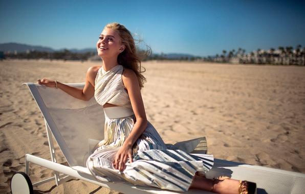 Picture beach, girl, the sun, smile, Nicola Peltz