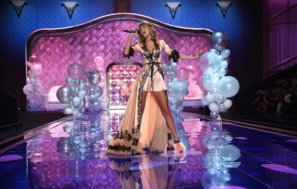 Picture London, show, Taylor Swift, victoria's secret, show 2014