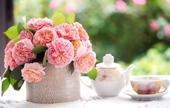 Picture leaves, flowers, table, roses, bouquet, petals, blur, kettle, Cup, pink, saucer, tablecloth
